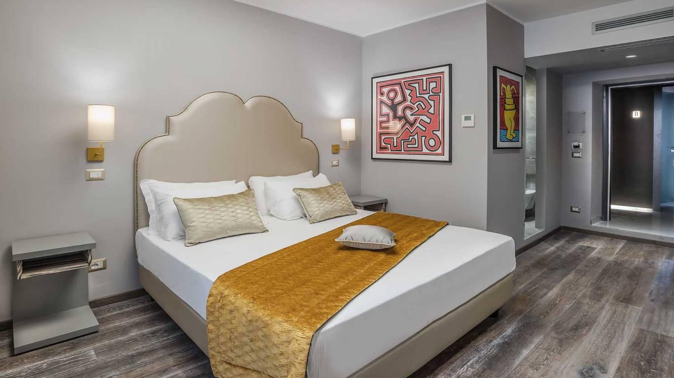 Colonna-suite-del-corso-rome-family-room-bed-304c-25