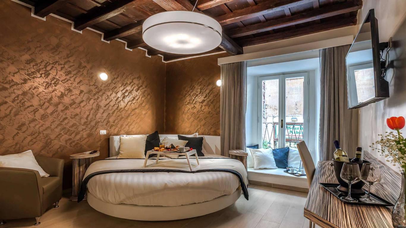 Colonna-suite-del-corso-guest-house-rome-deluxe-brown-room-3650